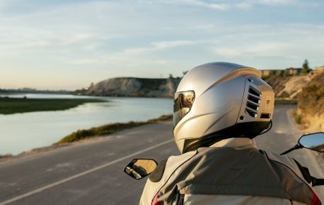 0_feher-air-conditioned-motorcycle-helmet-2.jpg